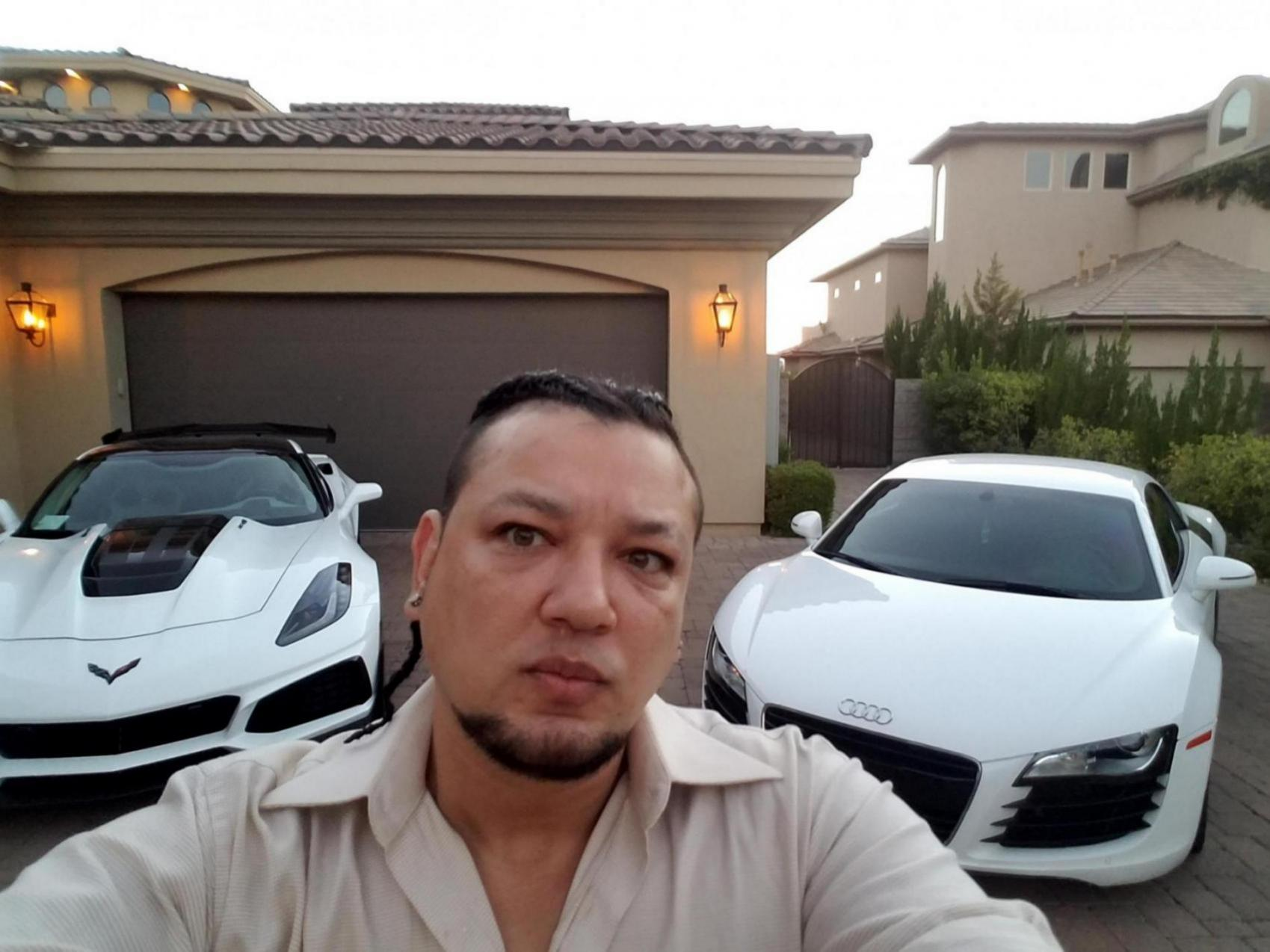 Owners photo with their R8.-20180929_182928_1560930896096.jpg