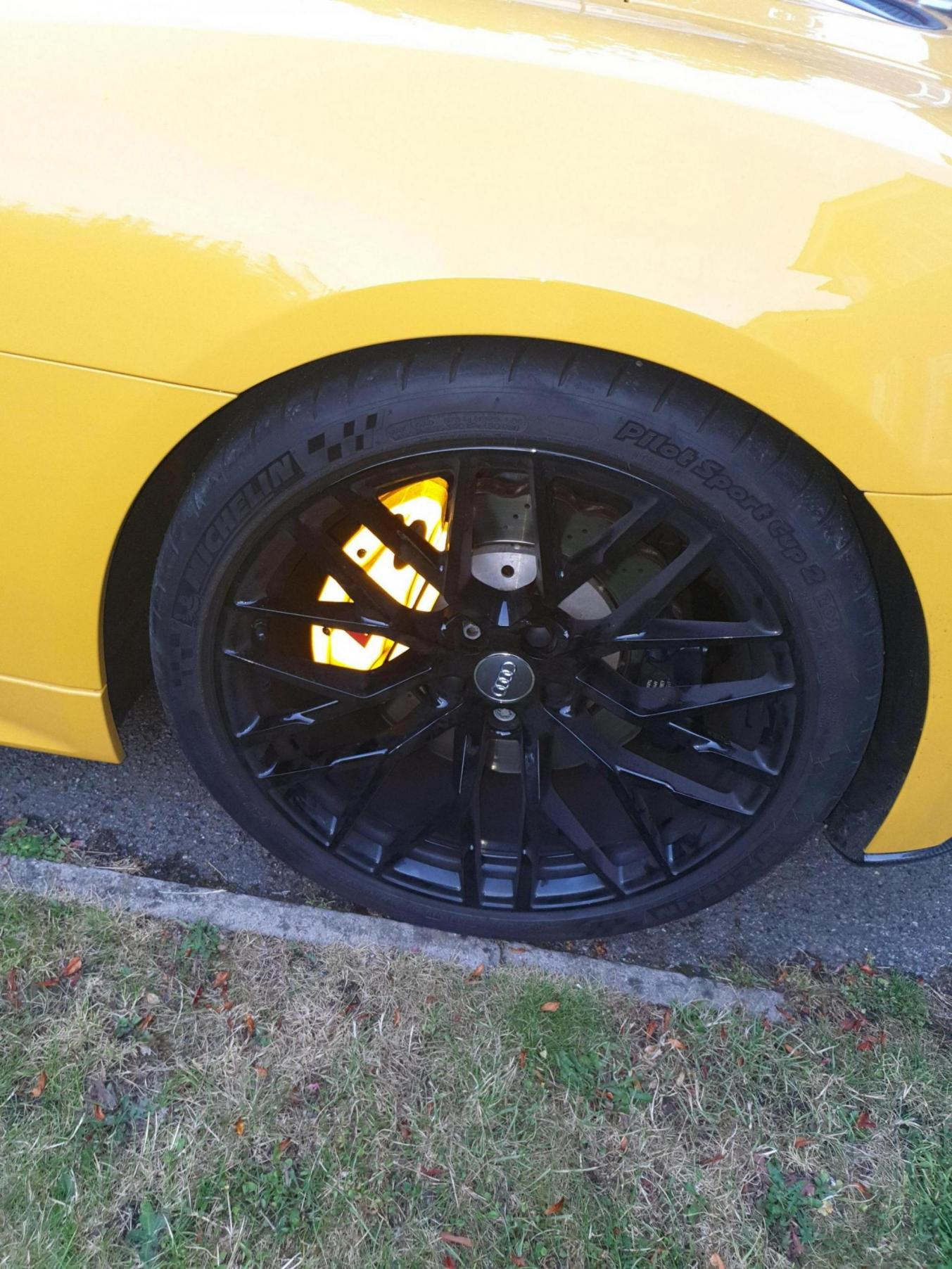 Calipers wrapped in reflective yellow wrap!-20190726_205618_1565951337228.jpg