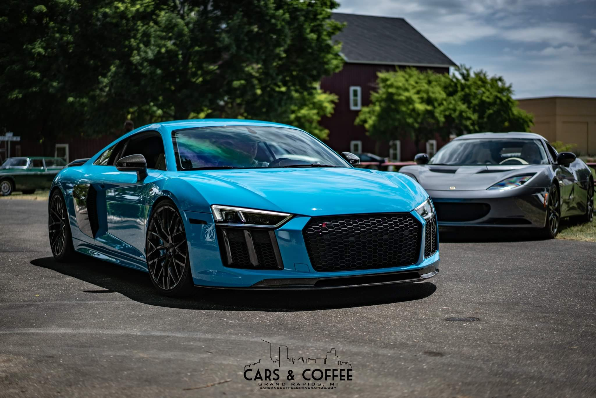 Who has the best looking R8 here?-67497939_2480097515370251_3603597021564370944_o_1565025911105.jpg