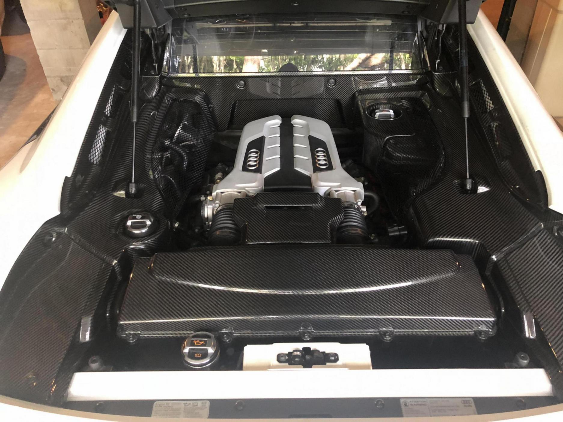 NEW Carbon fiber engine bay V8-d5e40499-15a9-4e72-a418-45c38e87ec30_1528505947151.jpg