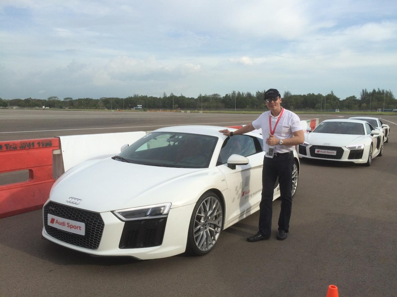 Owners photo with their R8.-howier8.jpg