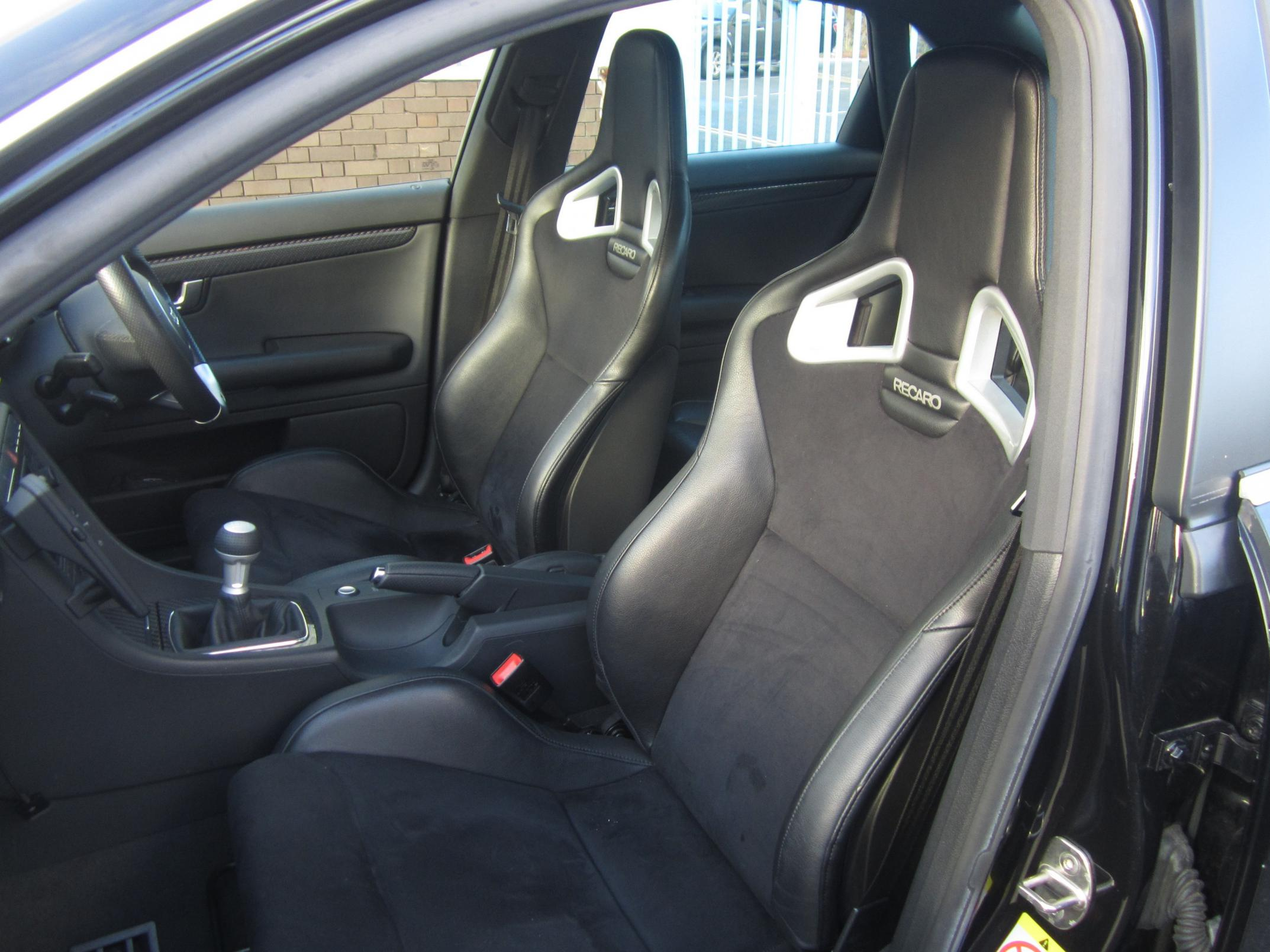 recaro sportster cs or seats i can fit myself v10 coupe. Black Bedroom Furniture Sets. Home Design Ideas