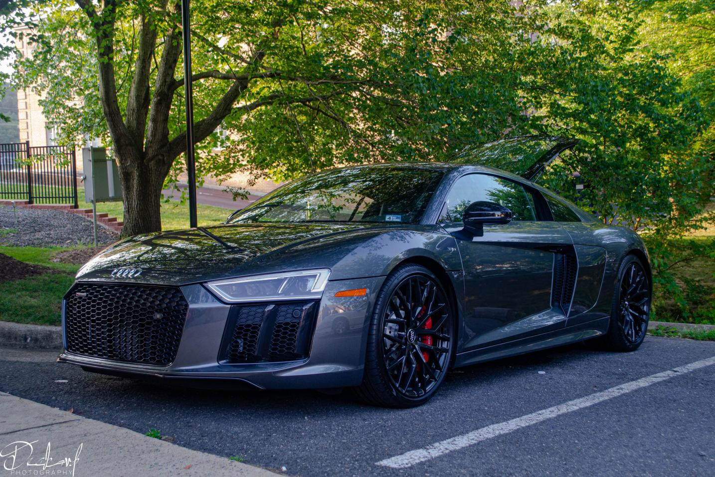 Who has the best looking R8 here?-img-4560.jpg