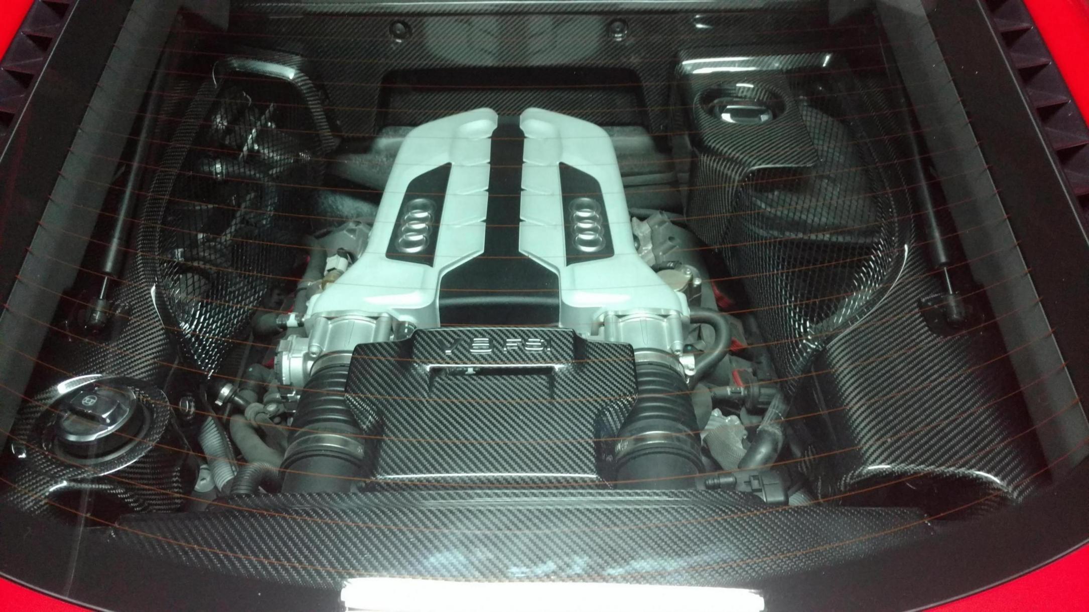 NEW Carbon fiber engine bay V8-img_20190427_225957566_1556431835907.jpg