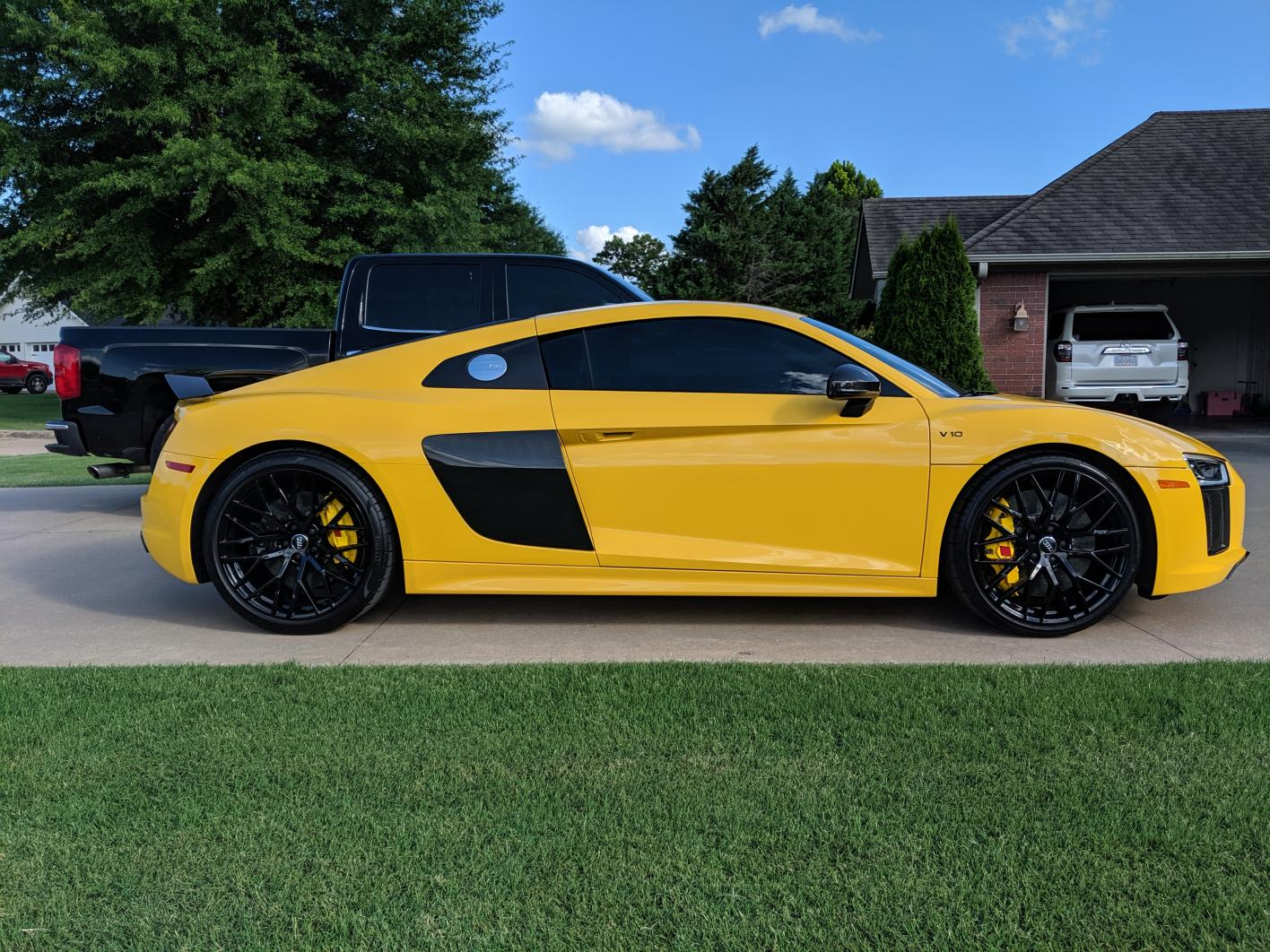 Calipers wrapped in reflective yellow wrap!-img_20190703_175702.jpg
