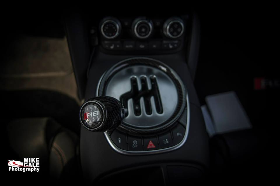 Gallardo shift knob on manual transmission R8?-shifter2.jpg
